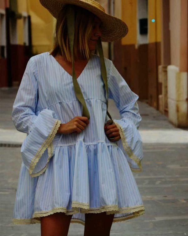 Vestido Corto Con Rayas Azul Cielo